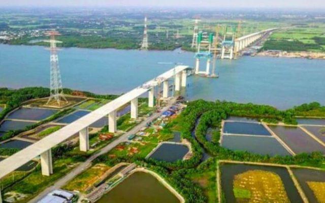 Xây dựng cầu Cát Lái